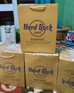 tas kertas cafe hard rock